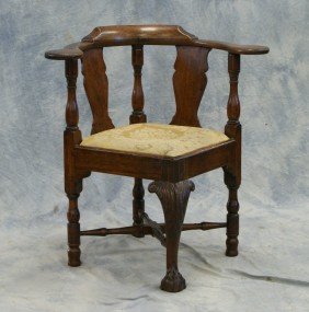 Walnut Chippendale Corner Chair With Acanthus Car
