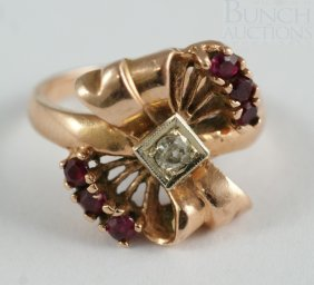 14K Rose Gold Diamond Ladies Ring With 8 Small Re