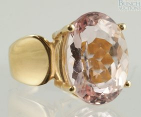 14K YG Ladies Ring With Very Pale Amethyst Color
