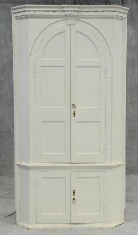 One-piece Pine Barrel-back Corner Cupboard, Complex