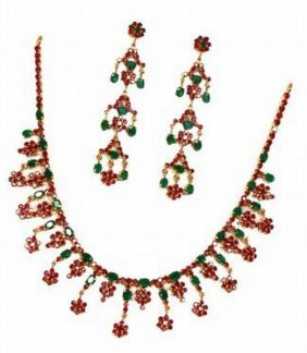 Exotic Ruby & Emerald Necklace & Earring Jewelry Suite