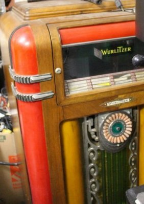 Vintage Art Deco C1930 Wurlitzer Jukebox Model 600