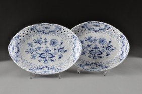 A PAIR OF MEISSEN BLUE ONION  GRADUATED AND PIERCED