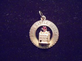 14kt Gold Kings Castle Nevada Charm With Slot Machine