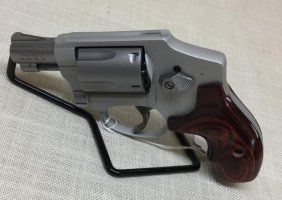 Smith & Wesson 642 Lady Smith Revolver .38 S&w Special