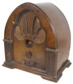 Philco Radio, Cathedral Style, Model 90 Superhete