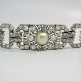 11 Carats Old Mine Diamonds And Pearl Art Deco Bracelet