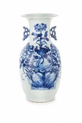 Vaso In Porcellana A Fondo Celadon Smaltato In Blu,