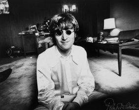 ** Robert Whitaker (1939-2011) - John Lennon, Tokyo,
