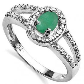 0.667 Ctw Dyed Genuine Emerald & Genuine Diamond Platin
