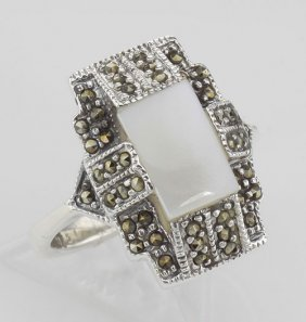 Vintage Style Mother Of Pearl And Marcasite Ring - Ster