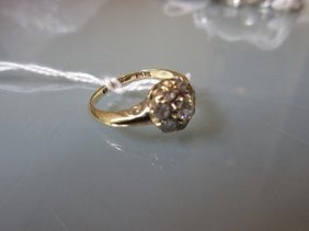 18ct Yellow Gold Eight Stone Diamond Cluster Ring