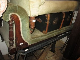 19th Century Chaise Longue With Green Buttoned