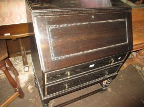 Early 20th Century Oak Bureau With Fall Front Above Two