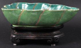 A CHINESE PORCELAIN GREEN GLAZED BRUSH WASHER Daog