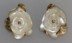 654. A Good Pair Of Puttini Of Capri Mother-of-pearl,