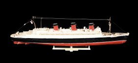 "Model Ship ""r.m.s Queen Mary"""