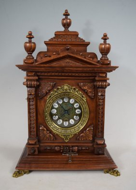 Gazo Oak Chiming Cabinet Clock