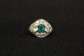 Platinum Ring With Diamonds & Emerald