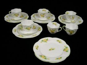 """Shelly ""Primrose"" 16 Pc. Luncheon Set"