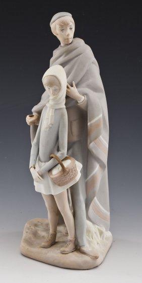 Lladro-style Spanish Porcelain Figurine