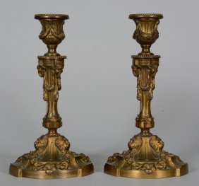 A Pair Of Neoclassical Bronze Candelabra, H 25,5 Cm