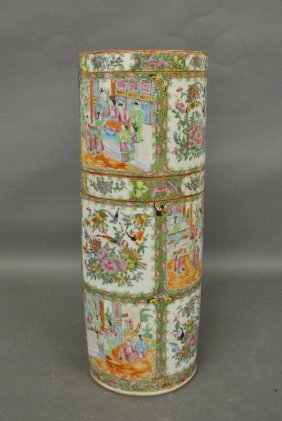 Chinese Rose Medallion Porcelain Umbrella Stand,