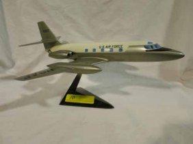Us Airforce Model Plane. 9x16
