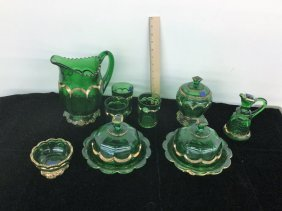 Lot Green Glassware