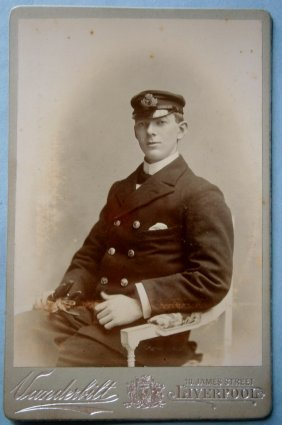 Cabinet Photo Of An English Navy Officer By E.t.