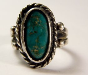 Rustic Tribal Native American Silver & Turquoise Ring