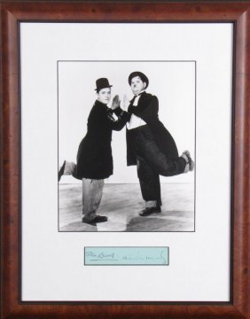 Stan Laurel, Oliver Hardy Historic Photo, Sig Card