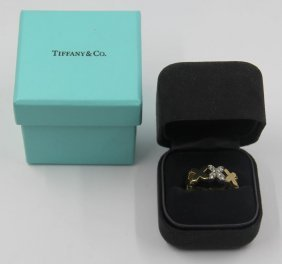 Jewelry. Tiffany & Co. 18kt Gold Ring With Diamond