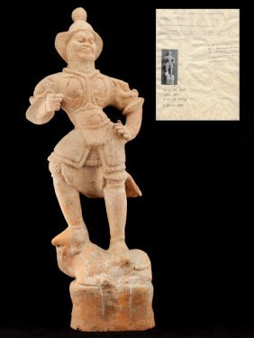 Chinese Antique Tang Dynasty Painted Pottery Figure Of