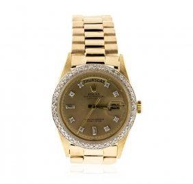 Men's 18kt Yellow Gold Rolex Daydate Watch Diamond