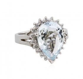 14kt White Gold 4.37ctw Aquamarine And Diamond Ring