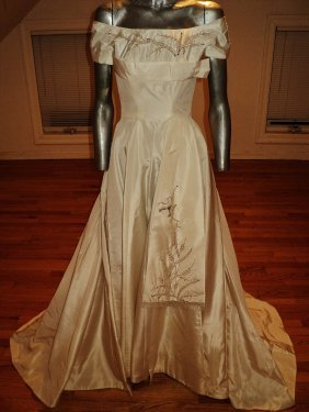 French 1950 Taffeta Beaded Ball Gown Train Toulouse
