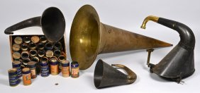 4 Phonograph Horns & 78 Blue Amberol Cylinder Reco