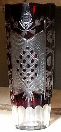 Small Dark Red Turkey Crystal Vase