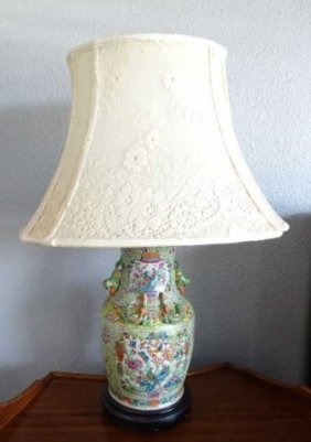 Chinese Export Porcelain Vase Lamp