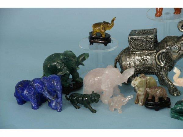Stone Animal Figures : Box lot of small stone animal figures