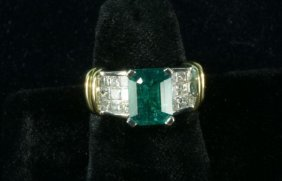 14KT TWO-TONE GOLD EMERALD & DIAMOND RING