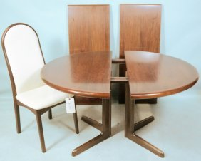 Danish Rosewood Dining Table With Six Chairs