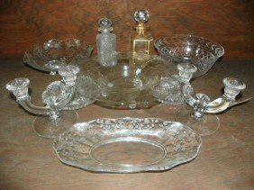 SET OF 10 CRYSTAL ITEMS; PLATTERS, DECANTERS (1515)
