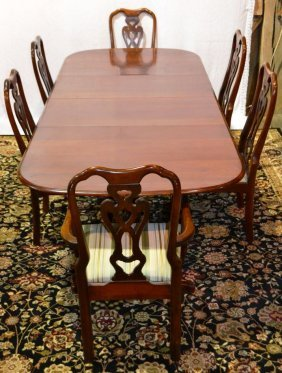 Cherry Queen Anne Style Double Pedestal Dr Table With