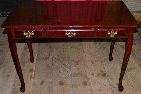 Mahogany Finish Single Drawer Writing Desk