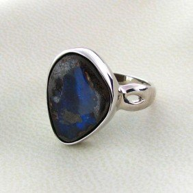 APP: 13.3k 10.68CT Boulder Opal & Sterling Silver Ring
