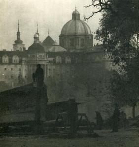 FERDINANAD BUCINA - Prague At Night II