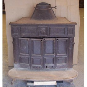 8 Ben Franklin Cast Iron Wood Burning Stove Lot 8