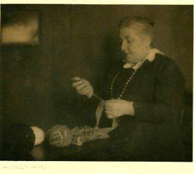 Pictorialist Antoinette B. Hervey, Clarence White Schoo